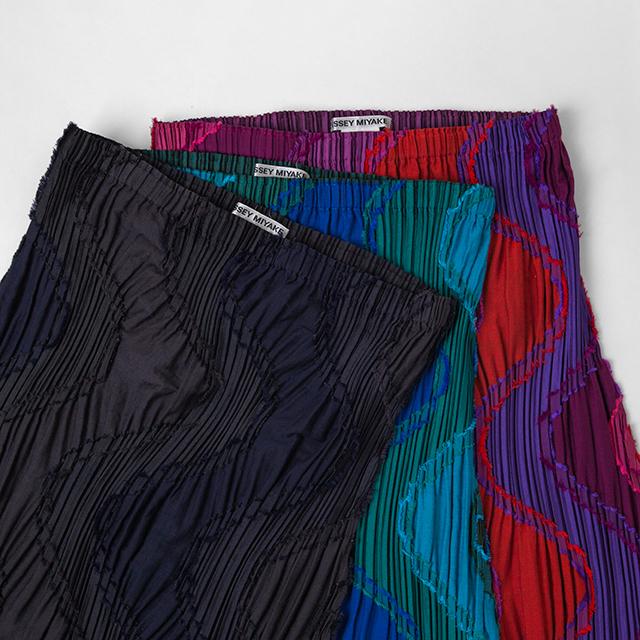 ISSEY MIYAKE Pleats Woven Skirts