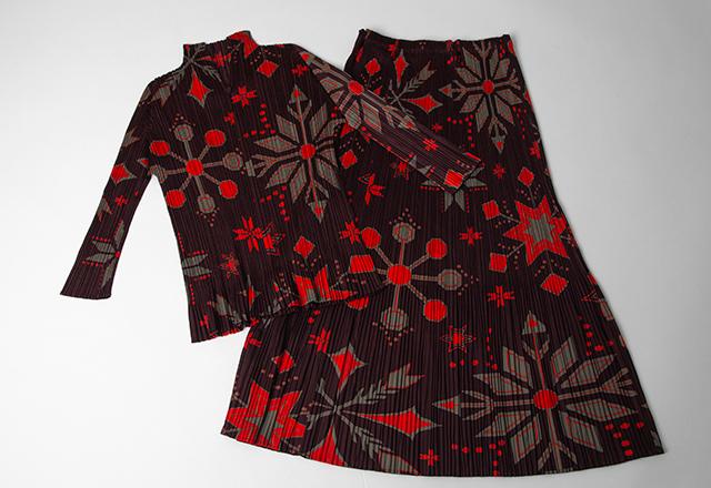 PLEATS PLEASE Nordic pattern Top & Skirt