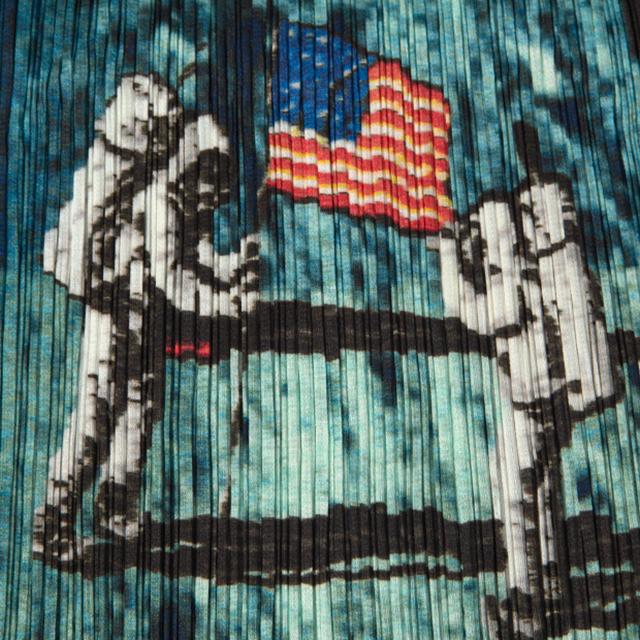 PLEATS PLEASE ISSEY MIYAKE Apollo 11 Printed Cami Tunic