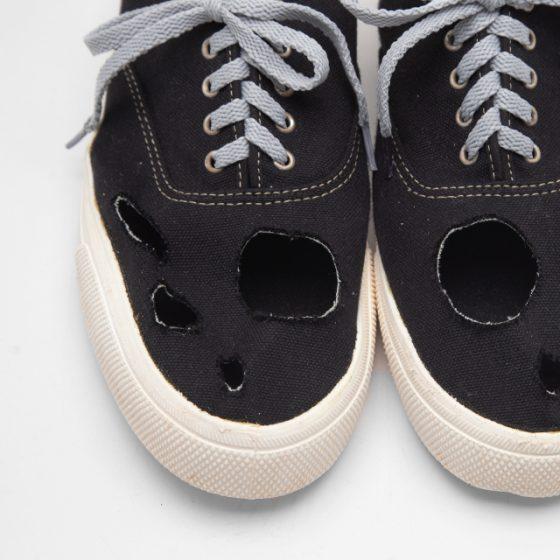 2014A/W COMME des GARCONS HOMME PLUS Holes Design Dyed Sneaker