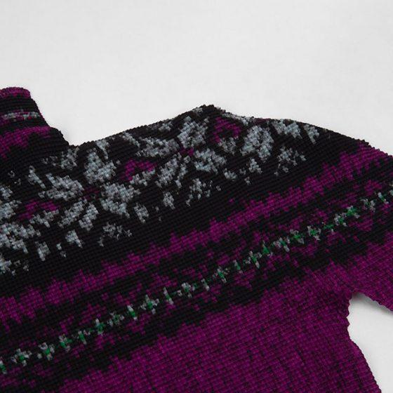 ISSEY MIYAKE me Nordic Pattern Printed Pleats Top